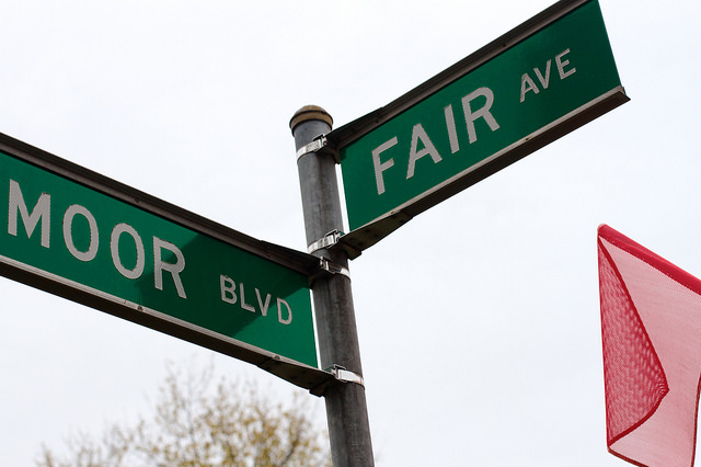 Street sign at the intersection of Moor and Fair