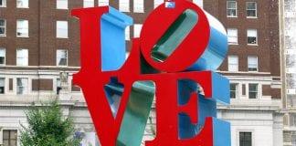 philadelphia love sign