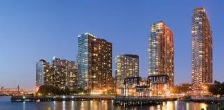 skyline of Long Island City