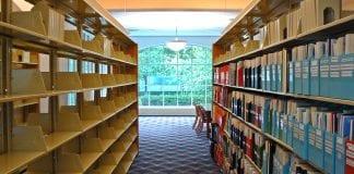 gap in book stacks
